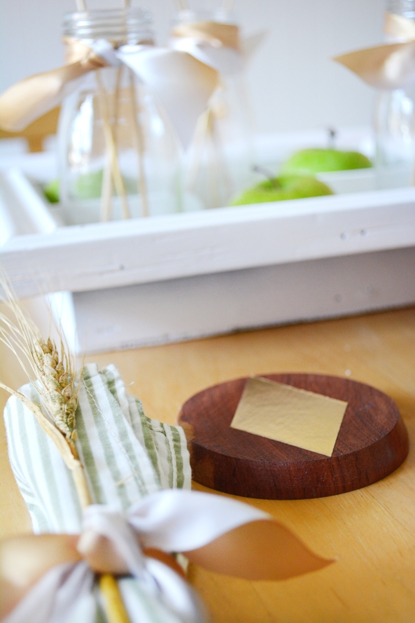 DIY Thrift Store Tablescape